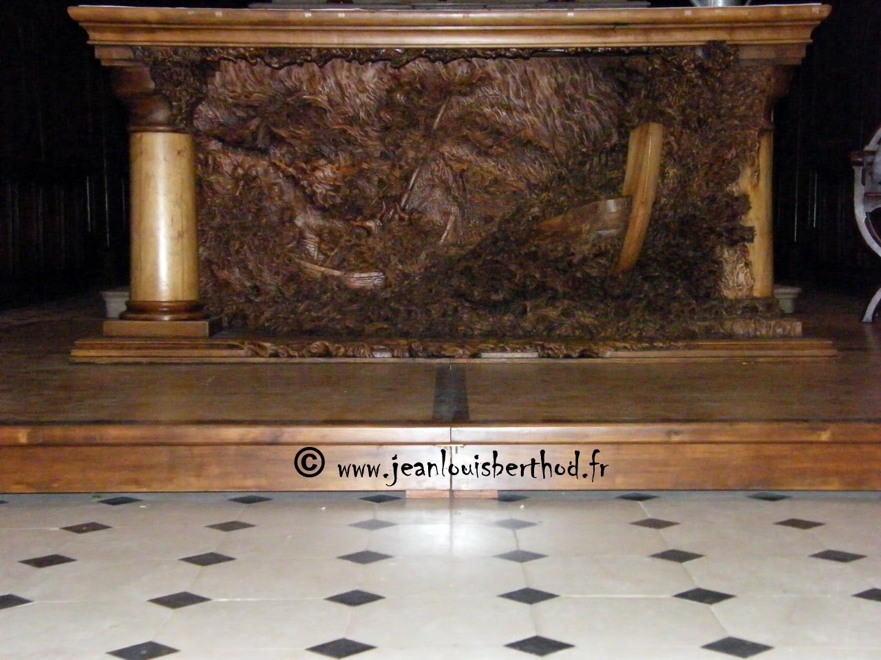 Altar de La Iglesia de Albens 3